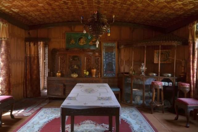 alif laila dining room (2)
