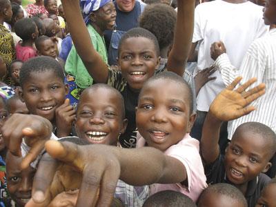 Mennonite kids Burkina-Congo.jpg
