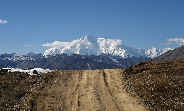 Nanga-Parbat-from-deosai-entrance (2)