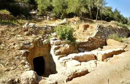 Shepherd's cave.jpg