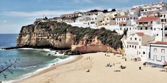 The Algarve - Carvoeiro Beach (4)