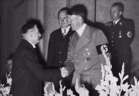 pm chamberlain and hitler