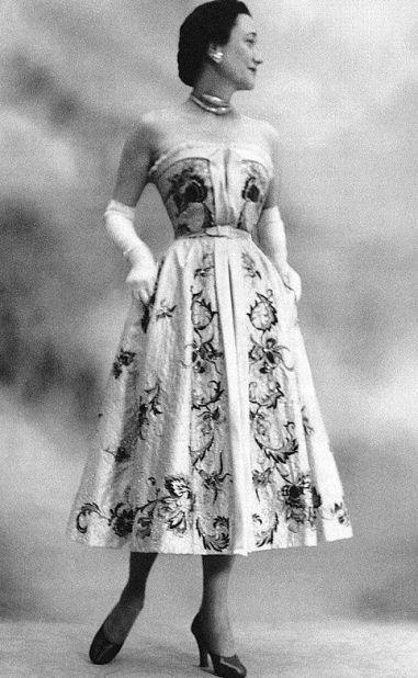 Wallis in Dior