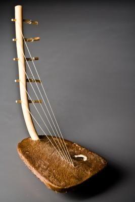 5 string lyre